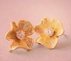 Gold Flower Rhinestone Studs Earrings